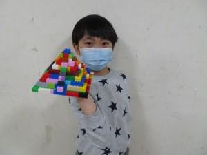 ピラミッド (2)